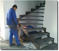 MET-escalier-eleves